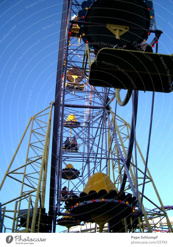 Ferris wheel Fairs & Carnivals Festival Amusement Park Leisure and hobbies Relaxation Joy
