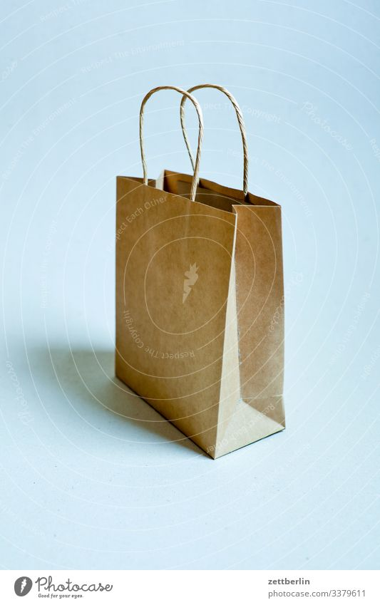 paper bag purchasing Gift inboard buy Shopping Empty Deserted Wrapping paper wrapping paper bag SHOPPING Copy Space Paper bag Turnover Packaging Stand Load