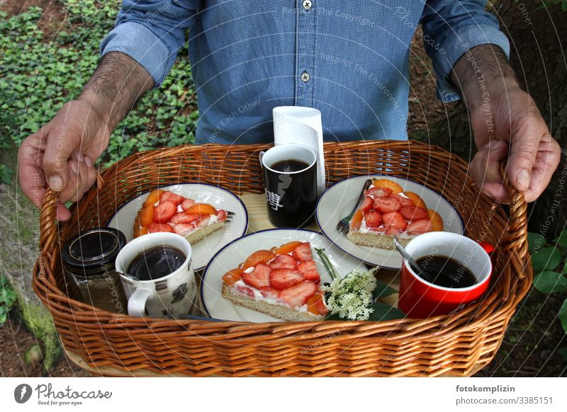 coffee and cake on tray in the green Picnic basket To have a coffee Cake pieces strawberry cake Coffee break Tray Nutrition Food afternoon coffee Summer Basket