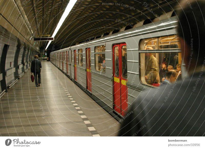 Metro 3 Underground Transport