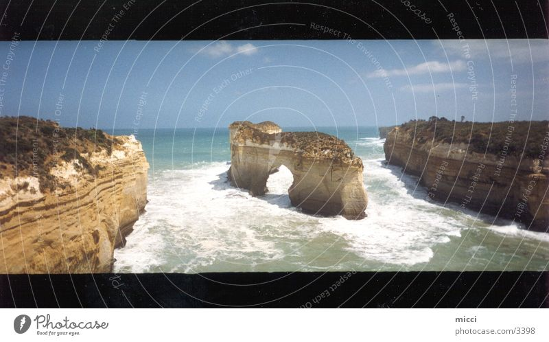 Nature Beautiful Ocean Moody Coast Large Rock Australia Panorama (Format)