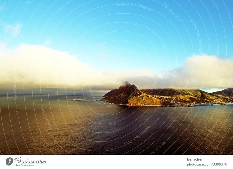 sunrise over hout bay Contrast Light Exterior shot Colour photo Cape Town Wanderlust South Africa Fantastic Exceptional Ocean Coast Beach Waves Mountain Sky