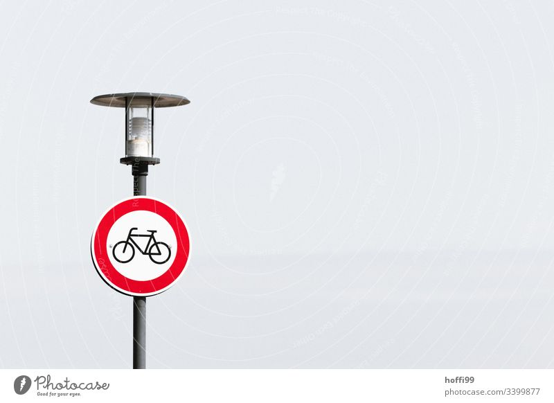 No bicycle passage Road sign No through road Transit prohibited cycle path Wheel Bans Urban traffic regulations StVO white background Neutral background