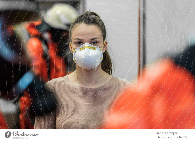 Woman with face mask and disposable gloves waiting in quarantine coronavirus covid-19 Virus Illness pandemic Epidemic Mask guard sb./sth. hand protection