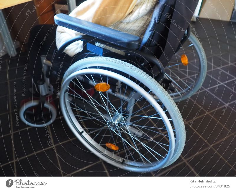 wheelchair Wheelchair Old people's home Home for the elderly care Care of the elderly handicapped people Handicapped Nursing home Health care Sick Illness