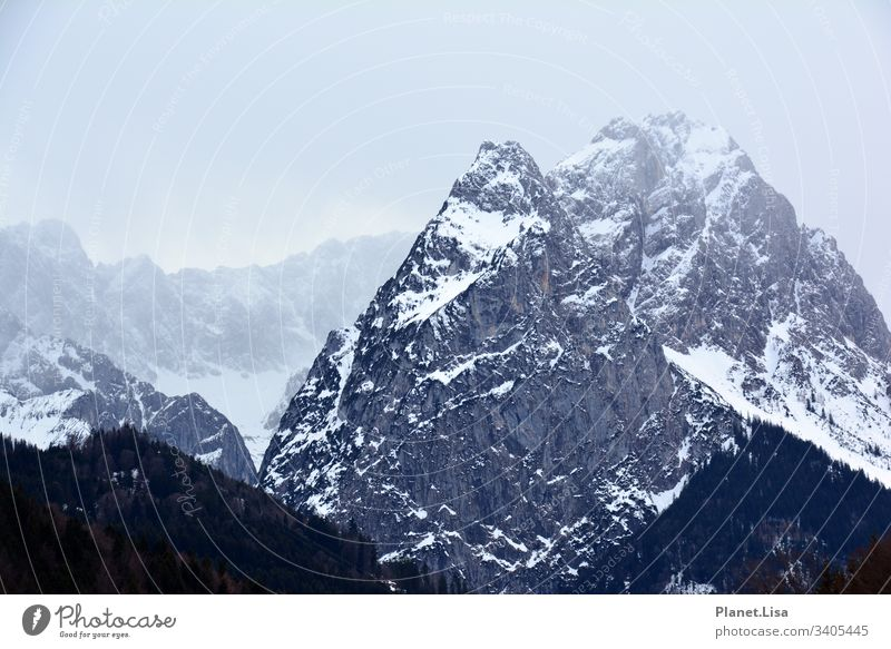 Mountain Massif Alps Mountain range mountains mountain range Peak Landscape Nature Rock Exterior shot Colour photo Snowcapped peak Deserted Environment Winter