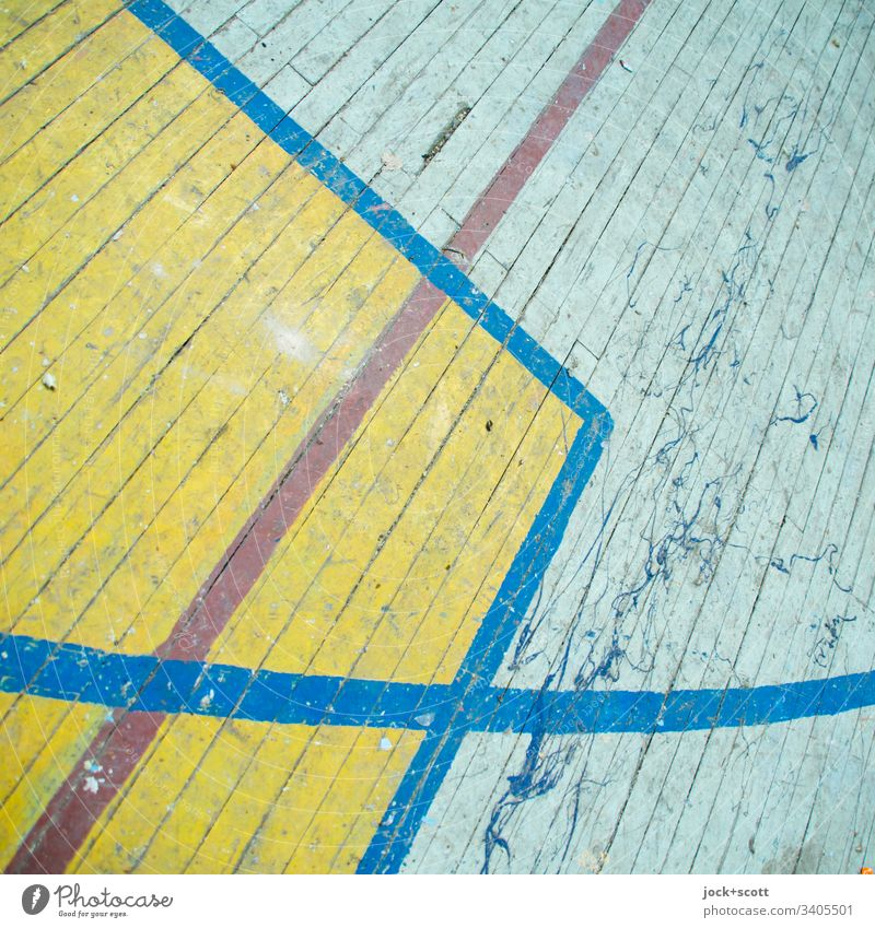 between lines, curve and corner Wooden floor Structures and shapes Line Boundary Dirty Old Ravages of time Playing field Arrangement Past Curve Cross