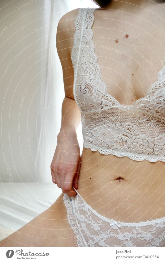Young woman in lace| or| in grandma's old tablecloth Skin Naked flesh liver spots Body Beautiful Feminine Slim Bright White Bed Morning Feminism Laundry Point