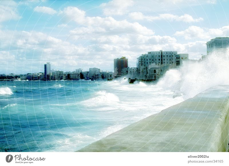 Water City Vacation & Travel Waves Cuba Havana
