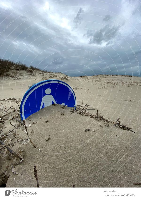 Relationship breakdown relation Sand Beach sign symbol Family sea grass Buried Blue reflect stormy Wind Bury Invisible Unrecognizable Mother Father Child