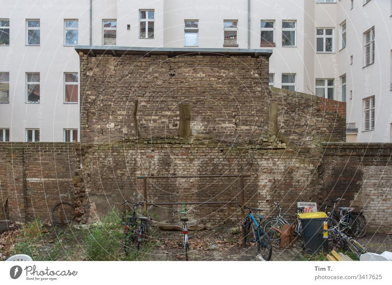 Backyard Berlin Town house (City: Block of flats) Facade Interior courtyard Apartment Building Deserted Downtown Living or residing Courtyard Wall (barrier)