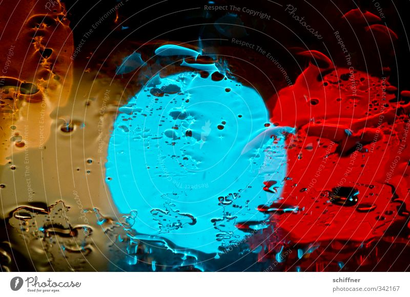 Totally blue and money and red. Bad weather Rain Blue Yellow Red Traffic light Light (Natural Phenomenon) Visual spectacle Flare Point of light Lighting effect