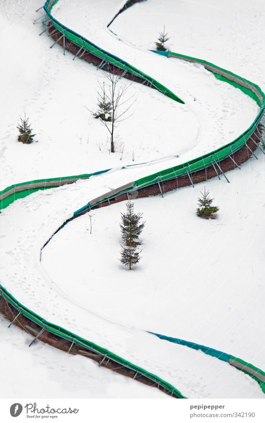 Vacation & Travel Green White Joy Winter Mountain Snow Sports Playing Lanes & trails Line Ice Leisure and hobbies Elegant Tourism Frost