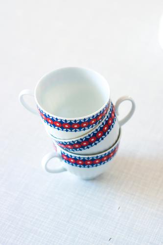 Cups cups Stack service coffee-table gossip Retro Red Blue White Tea cup Coffee Coffee cup three Table Set meal Detail Close-up Shallow depth of field Pattern