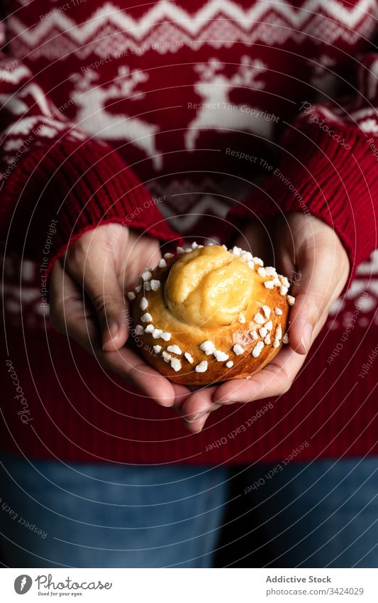 Woman holding homemade buns food bake woman tasty pastry sweet yummy fresh nutrition appetizing eat cook culinary winter season tradition female gastronomy