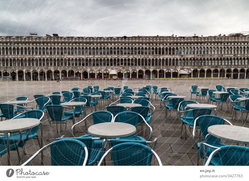 Corona thougths | empty chairs on St Mark's Square in Venice Italy vacation Vacation destination chairs - outdoor Empty on the outside Places St. Marks Square