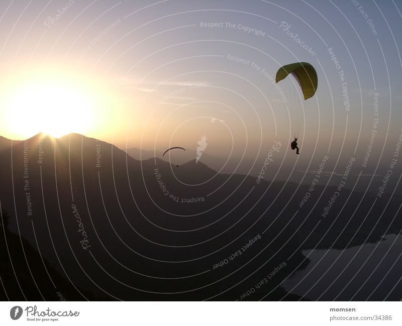 sun diving 3 Sunset Parachute Paragliding Peak Mountain