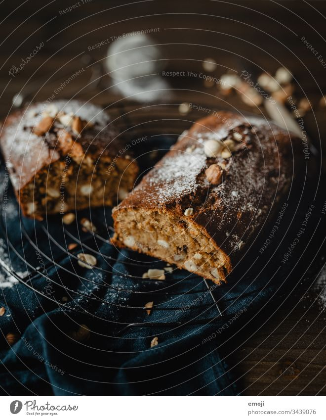 banana bread / cake Cake Baking Baked goods cake grid soulfood Sweet Delicious Food Dessert Food photograph Rich in calories Available Light