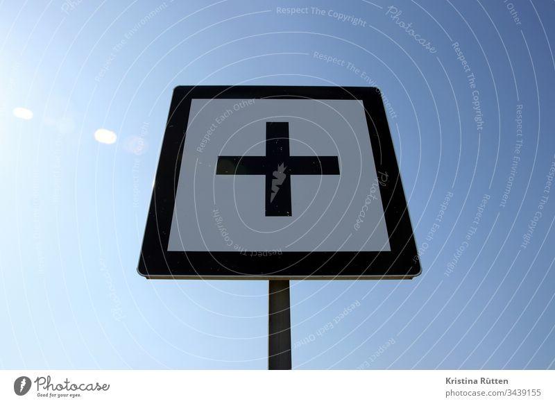 plus sign Plus Crucifix Sign symbol Sky Sun sunny square brand mark Rhine kilometer half a kilometre five hundred meters 500 meters Orientation Navigation