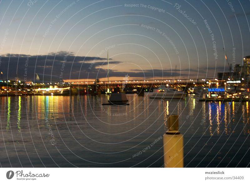 Calm Emotions Watercraft Romance Harbour Footbridge Australia Sydney