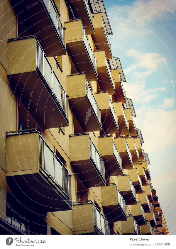 Hochhäuser als Wohnblocks Wohnen, Wohnung, Architektur   Gebäude, urban, Großstadt, Building abstract photography architectonic