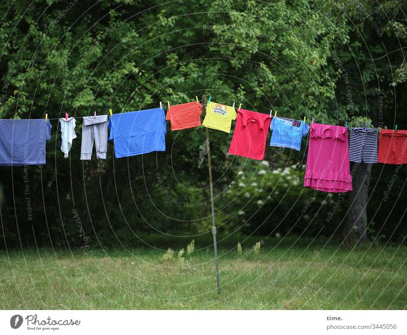 coloured fabrics Tall Hang Protection Perspective lines Beautiful weather at the same time in common Laundry Clothesline Forest Tree Garden Meadow leash Skirt