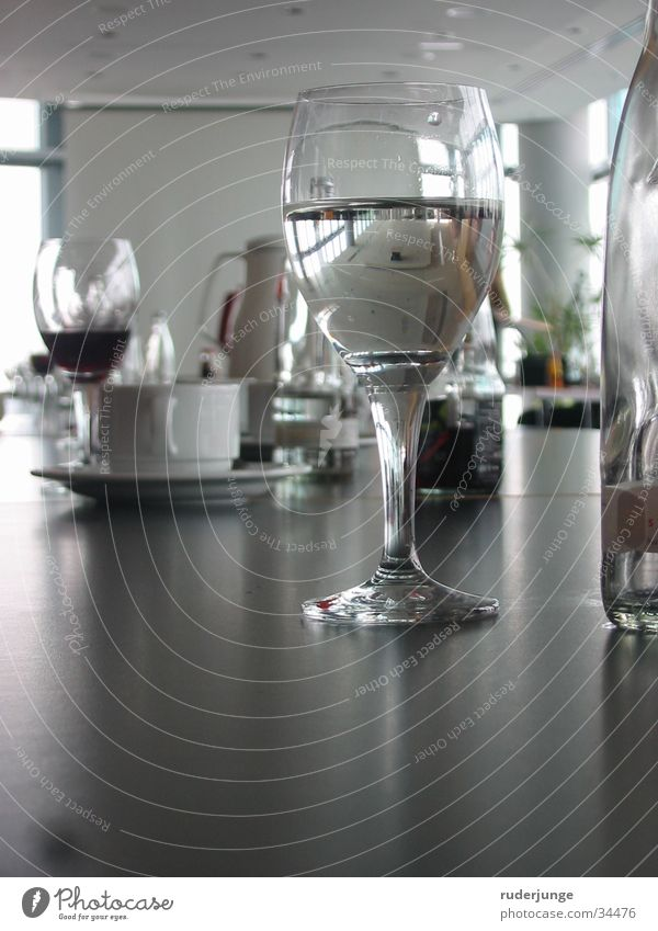 glass Table Meeting Work and employment Speech Mineral water Mirror Reflection Cold drink Transparent Gray White Glass Water Coffee Discussion Tea Clarity