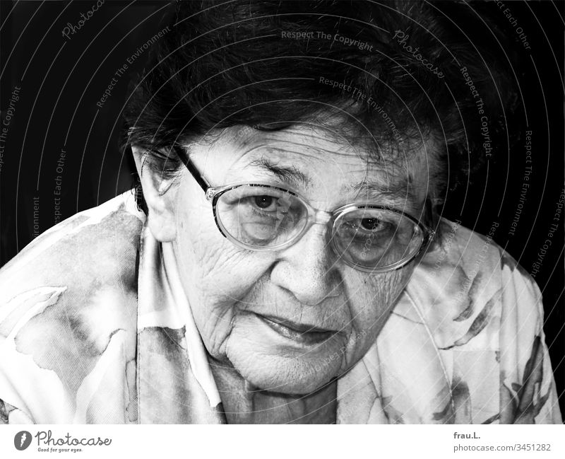 The old lady was quite small, a bit roundish and very short-sighted, but above all she was kind and had a fine smile. Woman Portrait photograph