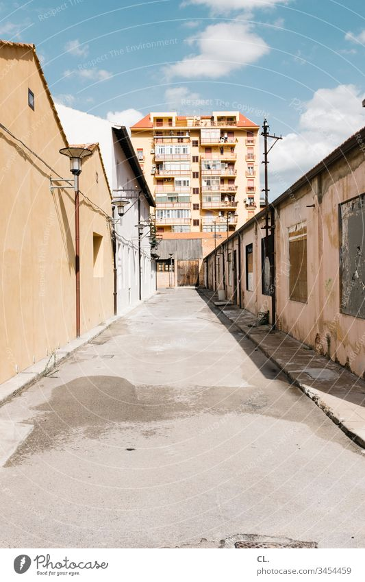 in palermo Beautiful weather Lanes & trails Perspective houses House (Residential Structure) urban High-rise Decline Exterior shot Day Sky Deserted Colour photo