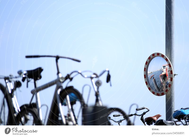 fiets en verboot Bicycle Parking lot Mirror Ferry Water Parking space Sunlight Bicycle handlebars reflection Sky Beautiful weather