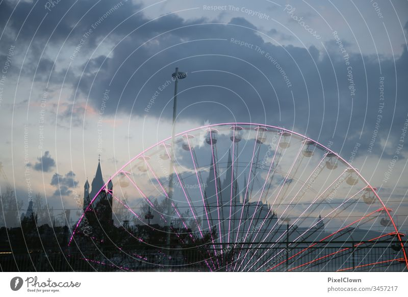 Cologne Cathedral and fun fair Dome Tourist Attraction Landmark Church Fairs & Carnivals Exterior shot Skyline Twilight