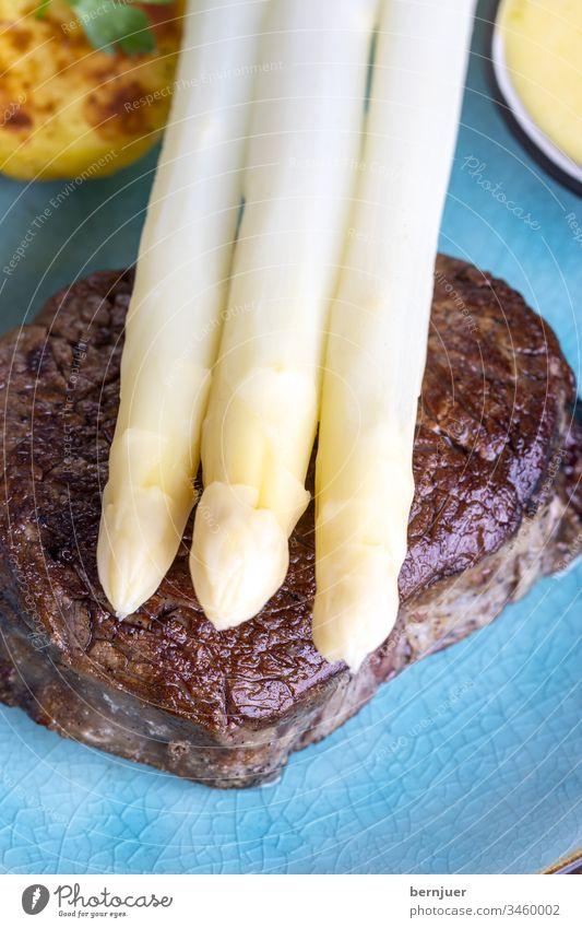 Asparagus with potatoes and a steak White sauce hollandaise grilled Filet mignon Steak boil greaseless tournedo Salt Vegetable Sous-vide dry age Gourmet sirloin