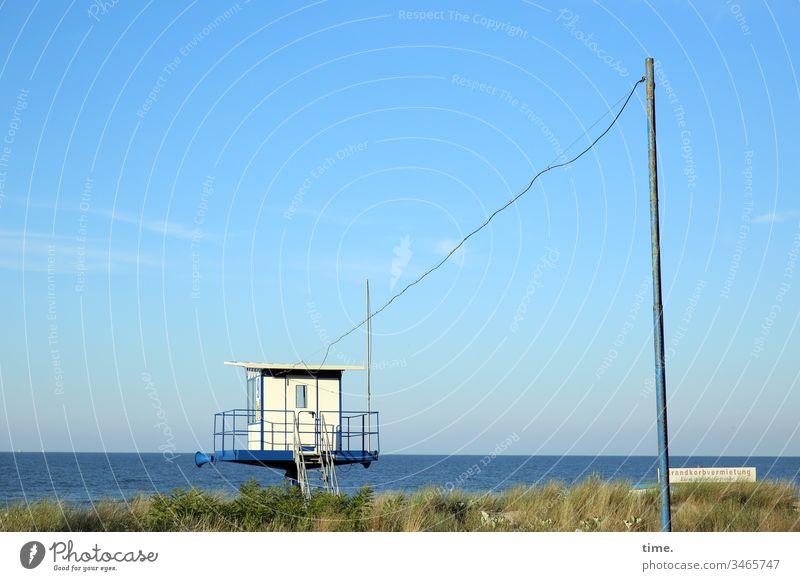 Long line Sky Horizon Sunlight Transport Provision service Water Ocean Baltic Sea Beach watch lifeguard Grass Dune Pole Cable power line Building