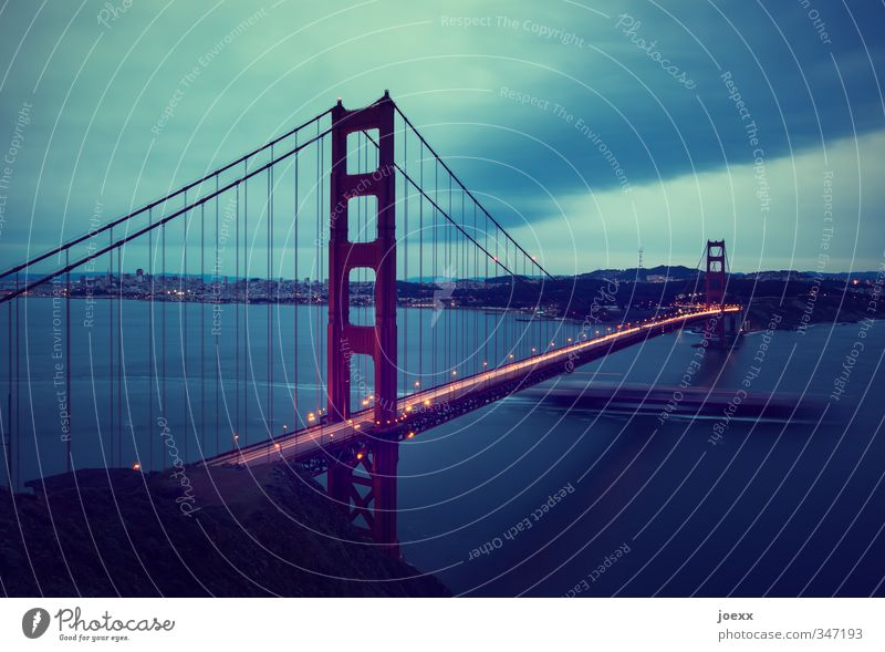 all over the place Tourism City trip Sky Horizon Bad weather Hill Town Skyline Manmade structures Tourist Attraction Golden Gate Bridge Transport