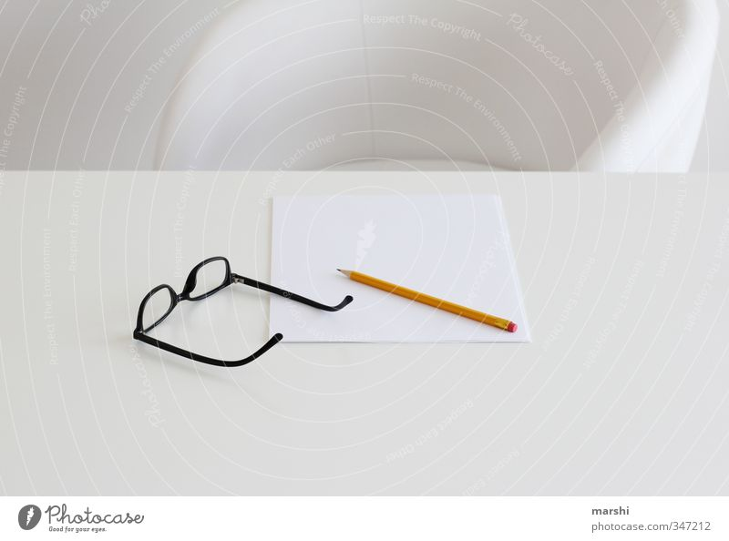 CREATIVE PAUSE Style Leisure and hobbies Living or residing Flat (apartment) Education Science & Research Work and employment Profession Art White Eyeglasses