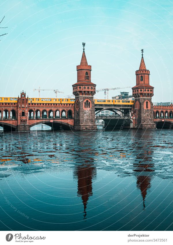 Oberbaumbrücke in the morning in winter II Long shot Deep depth of field Sunbeam Reflection Contrast Shadow Light Morning Copy Space middle Copy Space bottom