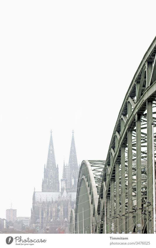 He still remembered the Rhine, a cathedral, a bridge. Cologne Dome Cologne Cathedral Severins bridge Steel bridge Landmark Tourist Attraction