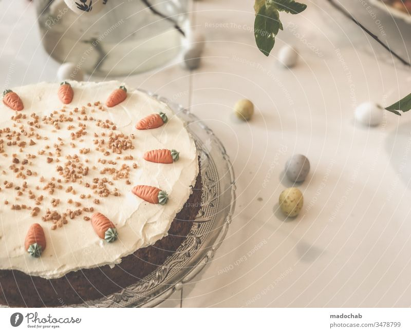 Rübli cake Carrot cake on table at Easter Cake carrots Table Nutrition Food Baking Food photograph Dessert Healthy Eating Baked goods Sweet Delicious