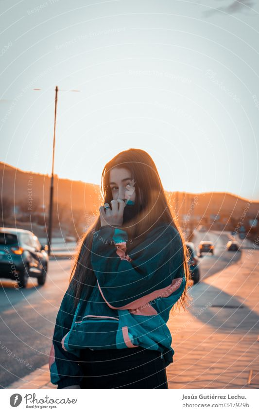 Girl with vintage clothes with cars and a beautiful sunset in the background Life Vintage Vintage girls Portrait photograph Sunset Street Model Beautiful Cute