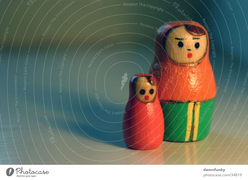 babushka 2 Close-up Mother Daughter Toys Calm Russia