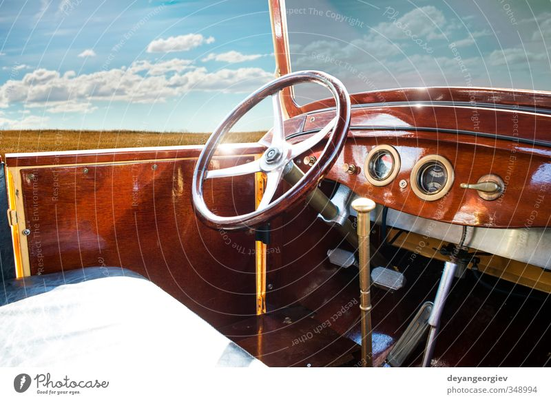 Old vintage retro car interior Luxury Elegant Style Design Exhibition Hut Transport Vehicle Car Cockpit Retro Speed Steering Dashboard wheel oldtimer Classic