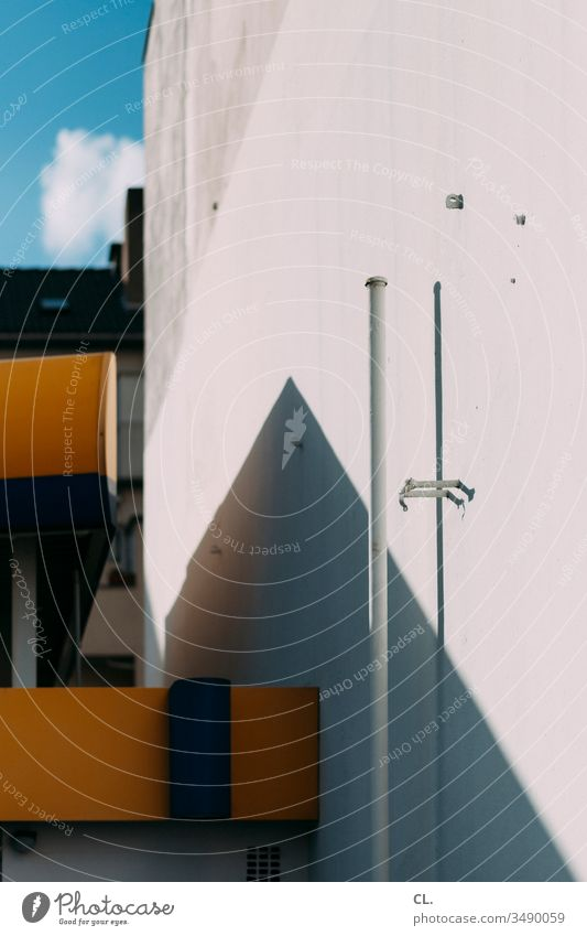 Abstract architecture Architecture Wall (building) Esthetic Wall (barrier) built Sharp-edged Structures and shapes Sky Blue sky