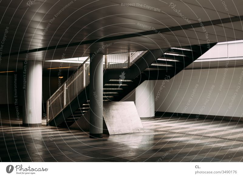 subsoil Stairs Architecture Subsoil Column Underground Wall (building) Blanket stagger Handrail Train station Interior shot Banister Downward Upward