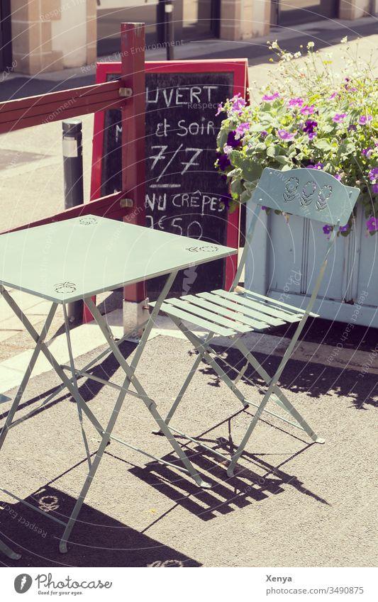 Cafe terrace Café Sidewalk café Exterior shot Chair Deserted Table Gastronomy Day Restaurant Folding chair Break Colour photo beautiful weather sunshine France