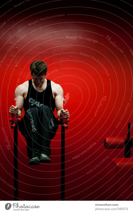 Pumps Healthy Eating Athletic Fitness Sports Sports Training Masculine 1 Human being 18 - 30 years Youth (Young adults) Adults Effort Energy Concentrate Power