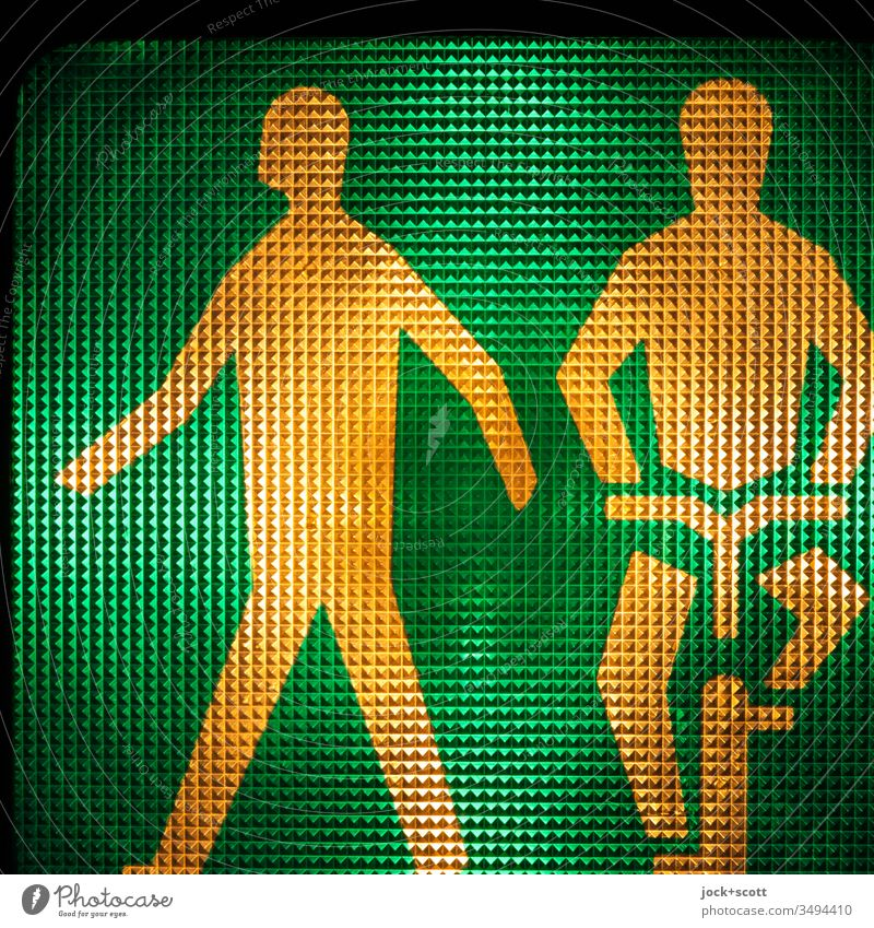 Pedestrians and cyclists start at green Symbols and metaphors 2 Surface structure without words visually Back-light Background lighting Rule Detail Design