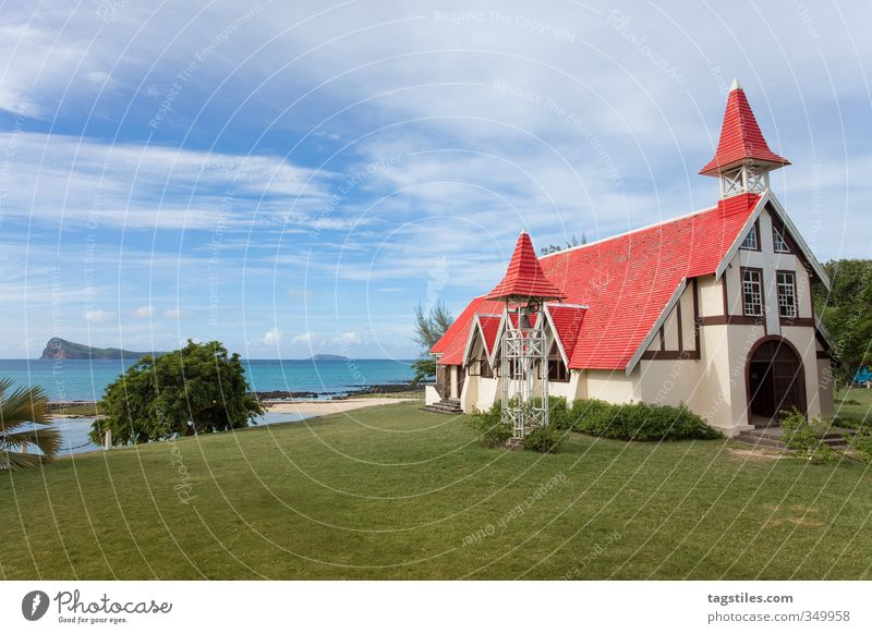 Vacation & Travel Landscape Calm Architecture Travel photography Building Religion and faith Idyll Tourism Island Church Historic Paradise Heavenly Africa