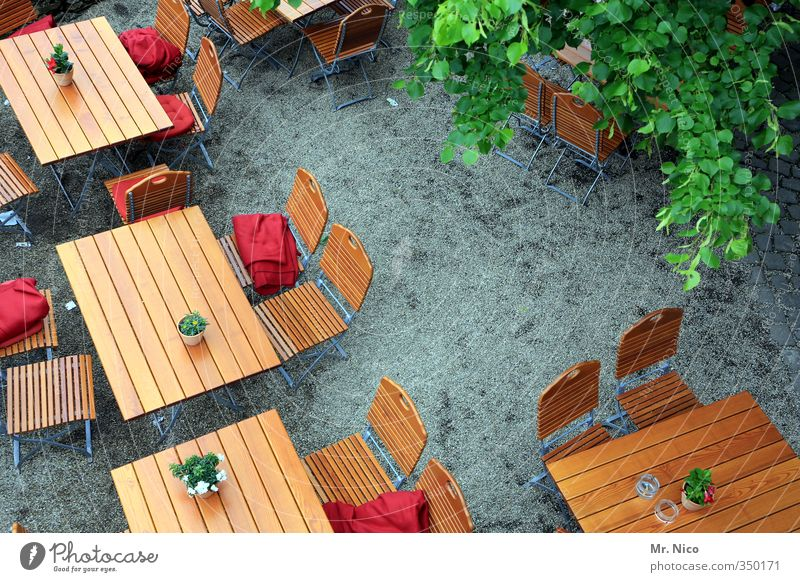 Have a seat! Lifestyle Summer Chair Table Going out Eating Oktoberfest Gastronomy Closing time Environment To enjoy Relaxation Contact Tourism Beer garden