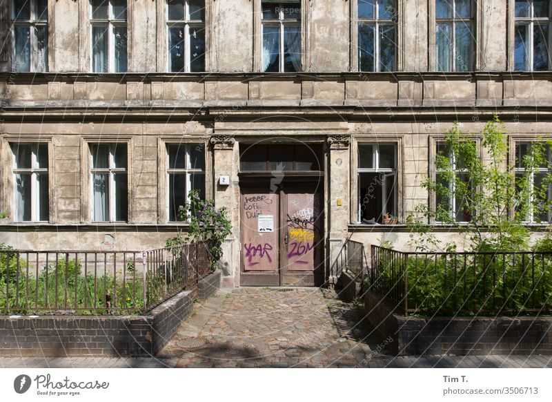 Pankov Berlin Pankow Old building Deserted Capital city Exterior shot Town House (Residential Structure) Window Colour photo Facade Old town Day Architecture