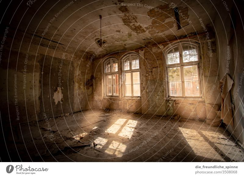 Sanatoriums Beelitz I lost places Deserted Building Decline Architecture Transience Colour photo House (Residential Structure) Manmade structures Ruin Light
